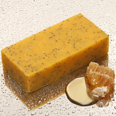 Sicilian Orange & Poppyseed Scrub Bar. THIS PRODUCT WILL BE DISCONTINUED ONCE THE LABELS HAVE GONE.